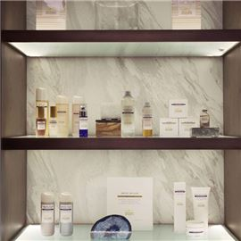 Display of retail products